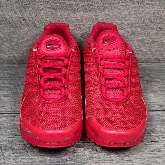 Nike Shoes   Air Max Plus Triple Red